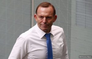 tony abbott injures back
