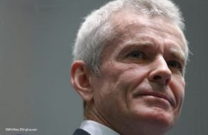 malcolm roberts dual citizen