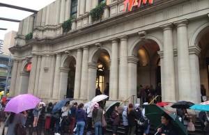 H&M queue satire