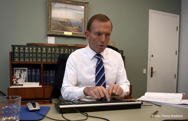 Tony abbott computer