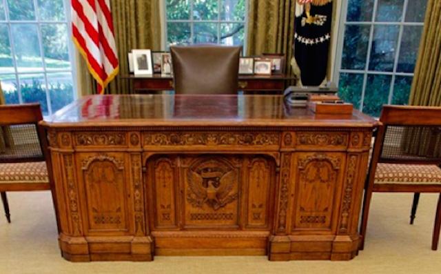 oval office desk