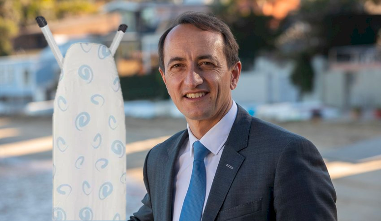 Dave Sharma Hits The Streets To Hand Out Free Ironing Boards To Women Voters