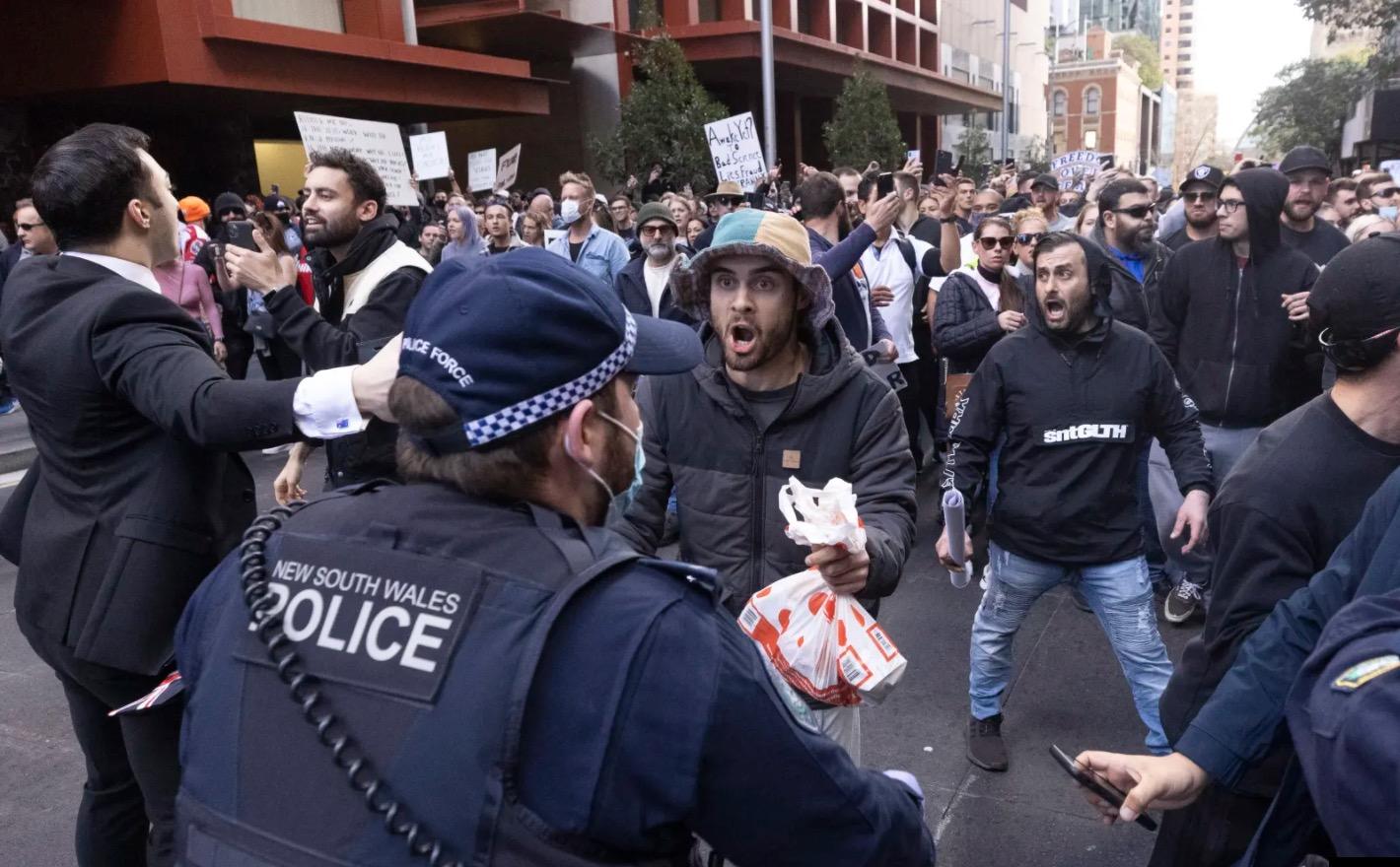 BREAKING: 2,000 New Cases Of Fuckwit Confirmed In Sydney